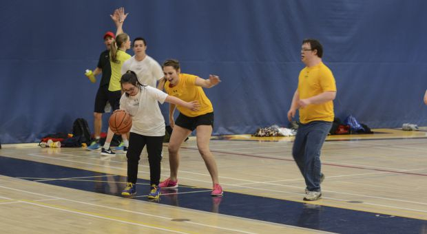 Queen's motionball brought over 120 varsity athletes to the PEC.