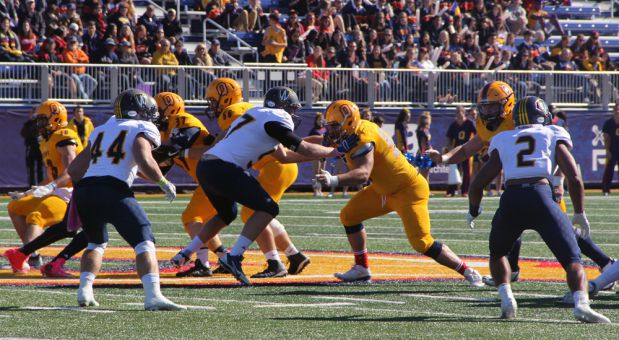 The Gaels won 55-5 in front of 8,000 fans on Saturday.