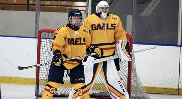 Goaltender Makenzy Arsenault is currently Queen's starting goalie while Stephanie Pascal recovers from an injury.