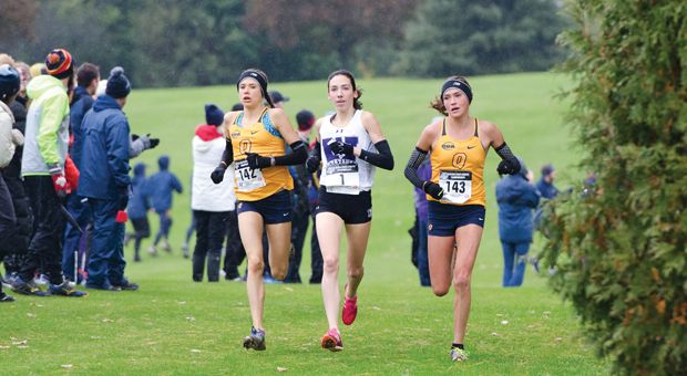 Branna (left) and Brogan MacDougall (right) swept the first two places at this year's OUA championships.
