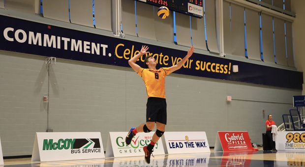 Second-year Zane Grossinger is ranked fifth in the OUA for digs (70).