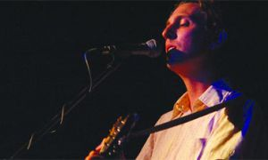 The Great Lake Swimmers' Tony Dekker serenades an unenthused audience at Elixir on Aug. 25.