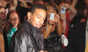 Ludacris charms the red carpet at the TIFF opening of RockNRolla, Guy Ritchie's latest flick.