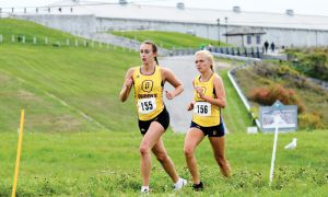 The women's cross country team finished sixth at the Western Invitational in London on Saturday.