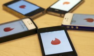 Tinder, a smart phone app for online dating, plays into the hook-up culture at universities.