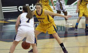 Jenny Wright netted 15 points and corralled six rebounds against Laurentian.