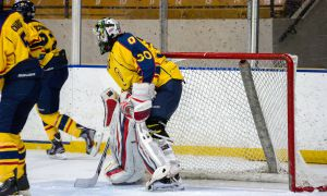 Goaltender Kevin Bailie was a staple on this winter's award circuit, racking up OUA MVP and CIS rookie of the year honours in his first university campaign.