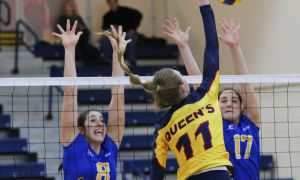 Caroline Livingston had five kills and four digs in women's volleyball's straight-set victory over Lakehead.