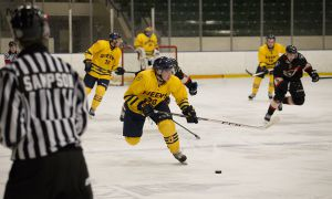Blair Wentworth recorded assists in both of the Gaels' losses during the first week of 2015.