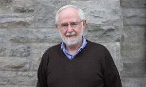 Professor McDonald was awarded the 2015 Nobel Prize for Physics.