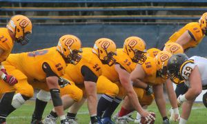 The Gaels' 33-32 win over the York Lions clinched an OUA playoff spot for Queen's.