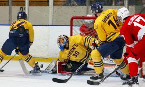 Men's hockey team is preparing for both the OUA finals and the U Sports championship.