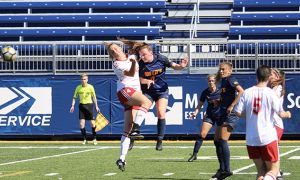 The women's soccer team had a perfect weekend at home.