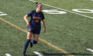 The women's soccer team ended the weekend tied for third in the OUA.
