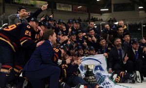 The men's hockey team won their first OUA banner since 1980-81 on Saturday night.