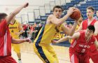 John Lenz and the men's basketball team could only beat the Royal Military College Paladins this season.